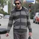 Zachary Quinto and the Great Yoga Retreat