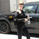 Rosie Huntington Whiteley – Leaves her gym in LA - 454 x 681