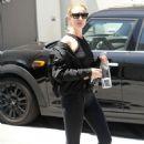 Rosie Huntington Whiteley – Leaves her gym in LA