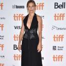 Sienna Miller – 'American Women' Screening – 2018 TIFF in Toronto - 454 x 681