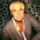 Timothy Leary - 289 x 313