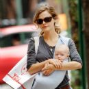 Keri Russell - Eri Russell Out And About In New York With River - Oct 1 2007