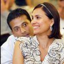 Lara Dutta & Mahesh Bhupathi - 454 x 578