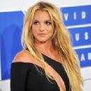 Britney Spears - 454 x 300
