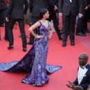 Aishwarya Rai – 'Girls Of The Sun' Premiere at 2018 Cannes Film Festival - 454 x 324