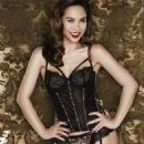 Myleene Klass gets raunchy for Christmas in sexy stockings - 454 x 680
