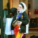 Lily Allen in Colorful Pants – Shopping in Notting Hill - 454 x 721
