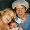 Mick & Jerry with their newborn baby daughter Elizabeth