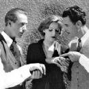 John Gilbert and Greta Garbo Garbo was paid $600 per week. Gilbert was paid $10,000 per week. - 454 x 361
