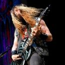 Musician Zakk Wylde performs during the Ozzy Osbourne and Corey Taylor special announcement at the Hollywood Palladium on May 12, 2016 in Hollywood, California - 454 x 339