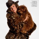 Gisele Bündchen - Vogue Magazine Pictorial [France] (August 2017)