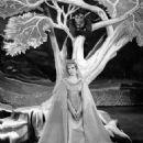Julie Andrews - 454 x 568