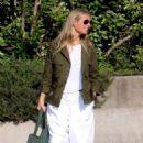 Gwyneth Paltrow – Arriving in the Amalfi Coast - 454 x 700