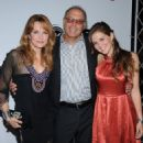 Actress Lea Thompson, husband director Howard Deutch and their daughter Zoey - 454 x 524