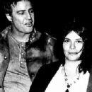 Marlon Brando and Patricia Quinn - 304 x 585