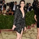Charlotte Gainsbourg – 2018 MET Costume Institute Gala in NYC - 454 x 681