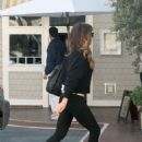 Kate Beckinsale in Tight Jeans – Out in LA - 454 x 661