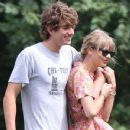 Taylor Swift and Conor Kennedy - 350 x 350