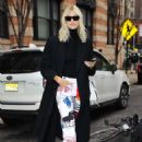 Devon Windsor – Out and about in New York - 454 x 681