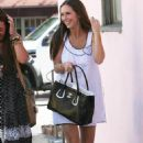 Jennifer Love Hewitt - Getting Her Nails Done In Hollywood With A Friend – 05/07/09