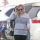 Kirsten Dunst–Leaves an office building in Santa Monica - 454 x 681