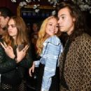 Cara Delevigne and Harry Styles - 454 x 320