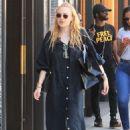 Dakota Fanning – Shopping on Rodeo Drive in Beverly Hills