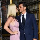 Katy Perry and Orlando Bloom – 'Carnival Row' premiere photocall in Los Angeles - 454 x 602