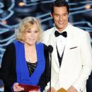 Kim Novak and Matthew McConaughey at the 2014 Oscars