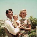 Dean Martin and Jeanne Martin - 454 x 598