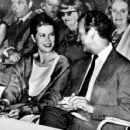 Grace Kelly and David Niven - 454 x 372