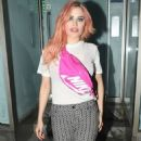 Carla Howe with new pink hair in London - 454 x 836