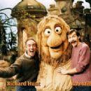 Richard Hunt - 454 x 321