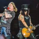 Guns N' Roses Brisbane Australia 2017 - 454 x 347