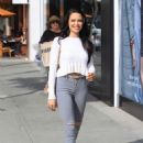 Mara Teigen in Ripped Jeans – Out in Beverly Hills - 454 x 664