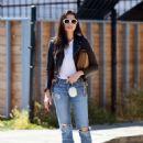 Jessica Gomes – Arriving at a friend's Memorial Day barbecue in LA - 454 x 605