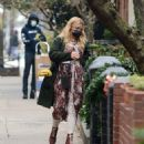 Busy Philipps – Flower shopping candids in New York