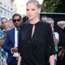 Lara Stone – Arriving at Vogue Dinner Party in Paris - 454 x 681