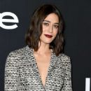 Lizzy Caplan – 2018 InStyle Awards in Los Angeles - 454 x 681
