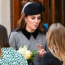 Queen Elizabeth II And The Duchess Of Cambridge Visit King's College London (March 19, 2019) - 401 x 600