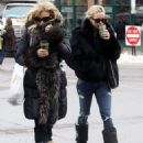 Kate Hudson Spending The Day With Her Mother Goldie Hawn In Aspen, Colorado - December 22, 2009