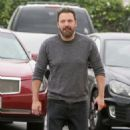 Ben Affleck is seen out and about on December 11, 2016 - 454 x 593