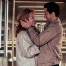 Meryl Streep and Robert De Niro in Falling in Love (1984) - 454 x 301