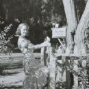 Janet Gaynor - 454 x 607