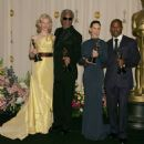 Cate Blanchett, Morgan Freeman, Hilary Swank and Jamie Foxx - The 77th Annual Academy Awards - Press Room (2005) - 454 x 463