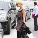 Paris Hilton Checks in with KIIS-FM, Jets to South Africa
