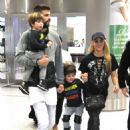 Shakira With Her Family at the Airport in Miami 12/19/ 2016 - 454 x 660