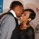 Monica and Shannon Brown - 422 x 600