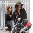 Khloé Kardashian: take a stroll and visit their clothing store, Dash, in Miami