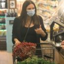 Katharine McPhee – Seen inside Bristol Farms while shopping for grocery